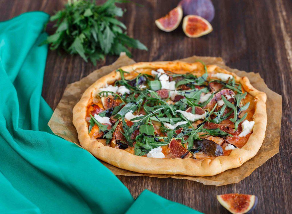 Pizza Mit Rucola Parmaschinken Feigen Edeka Nientied